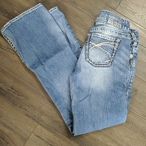 Silver Jeans Suki Bootcut in light wash Size 29